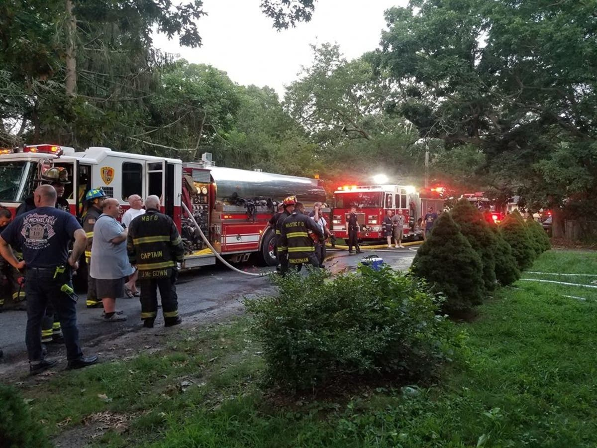 Firefighters Battle Blaze In Mastic Beach Home | Shirley, NY