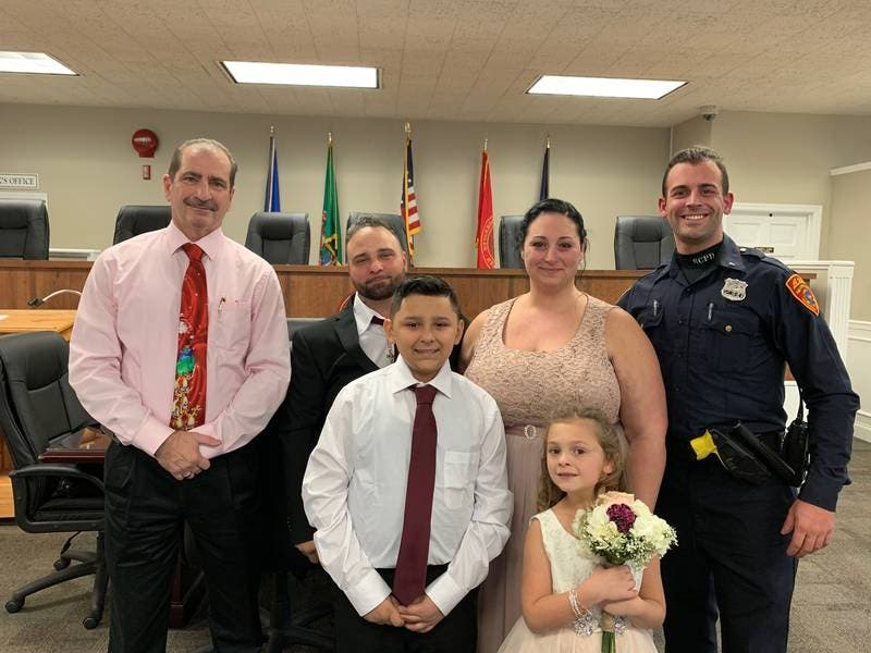 Police Officer Drives To Their Wedding After Crash 0