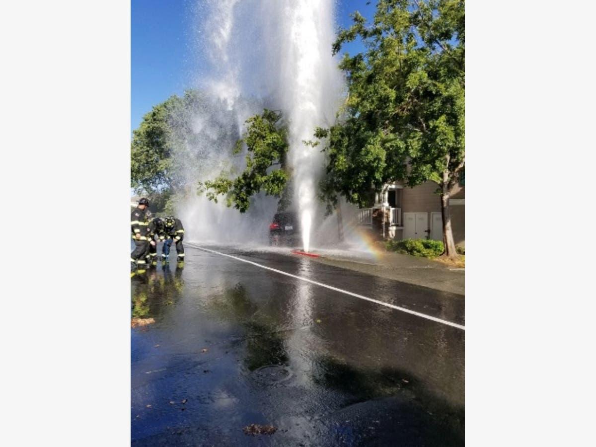 Hydrant Hit Small Fire At Fair Walnut Creek East Bay