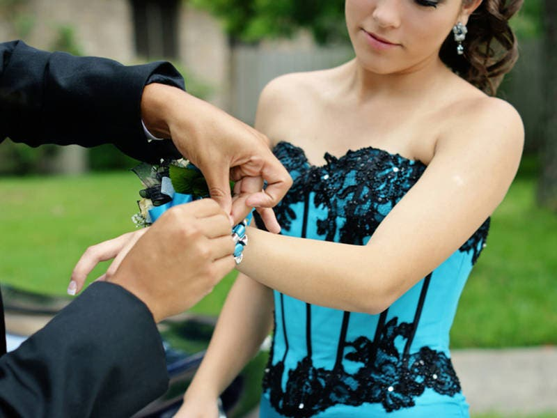 East Bay Dress Day In Alamo Will Give Girls In Need Prom Dresses