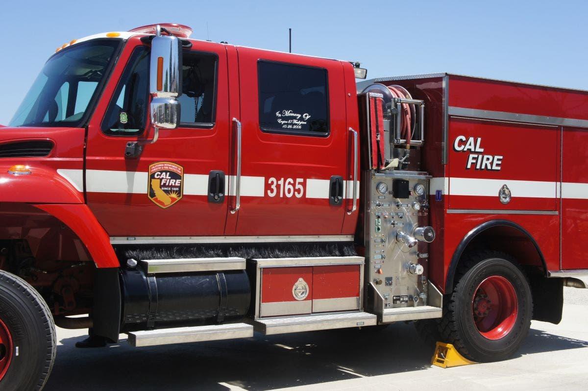 Fire Breaks Out Off 215 Freeway, Crews On Scene | Murrieta