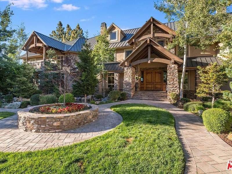 $26 Million Oak Glen Mountaintop Estate Comes With A Steakhouse