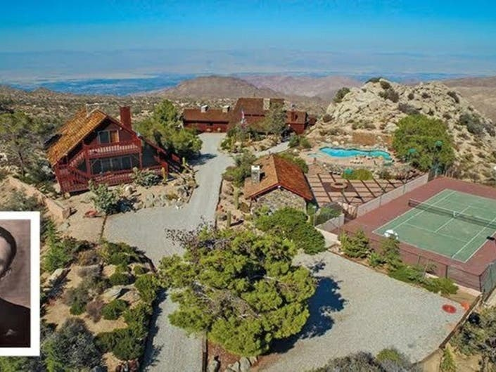 Frank Sinatra Hideaway Boasts Resort-Style Pool, Tennis Court