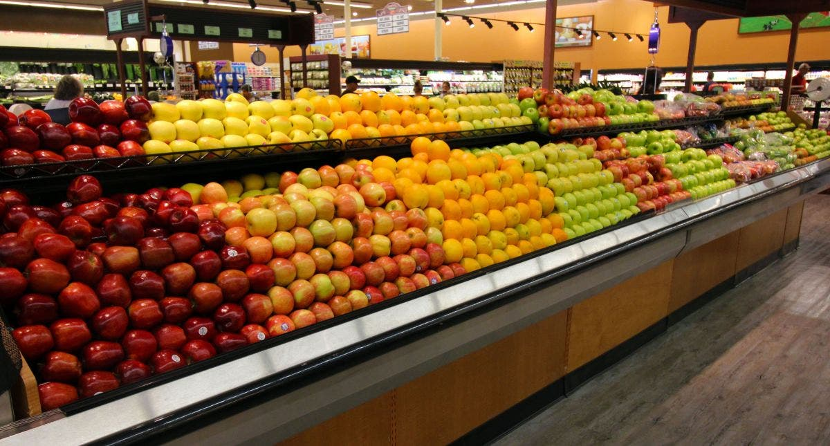 Carnival Supermarkets Promote Healthy Eating With 10 Cent Fruit