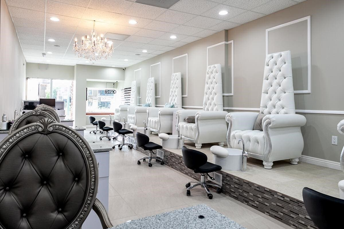 Feel Like Queen For A Day At Montrose's New Synergy Nail Bar