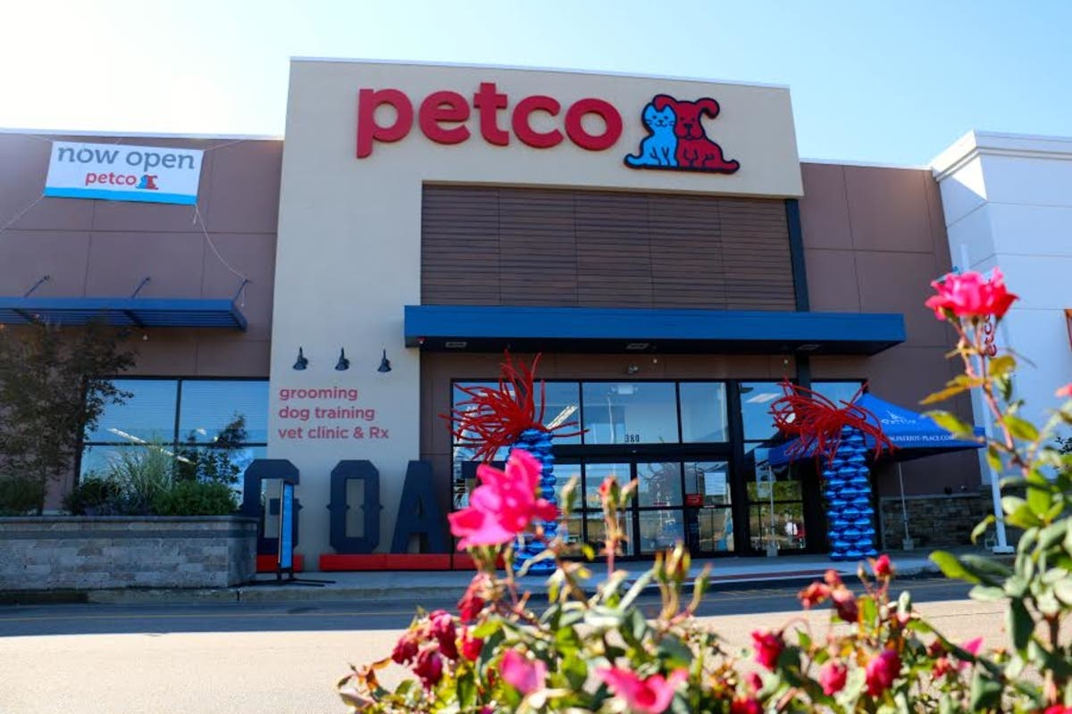 Patriot Place Petco Opens This Weekend | Foxborough, MA Patch