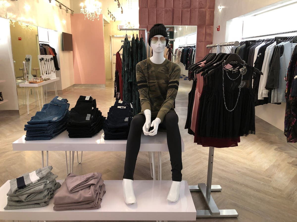 Locally Owned Boutique Opens At Legacy