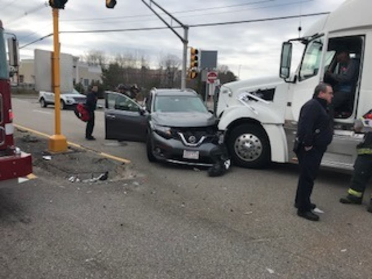 Driver Injured From Truck Running Red Light: Police | Mansfield, MA