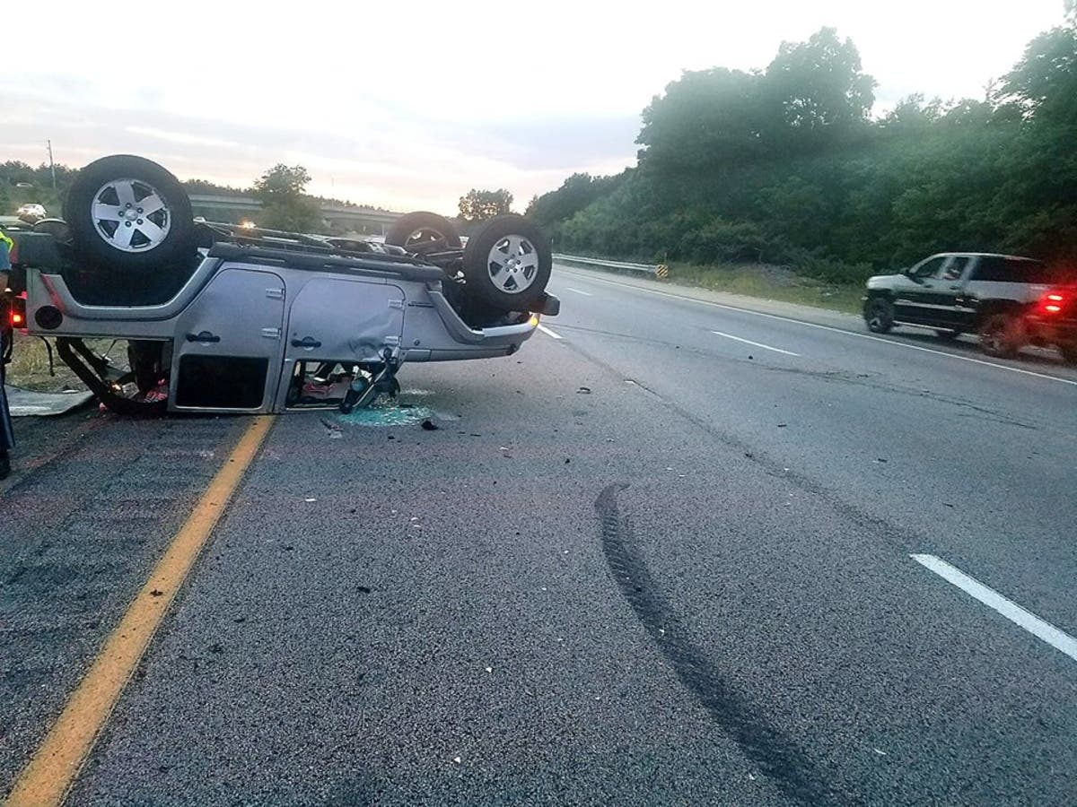 Police Investigating I-495 Rollover Crash | Mansfield, MA Patch