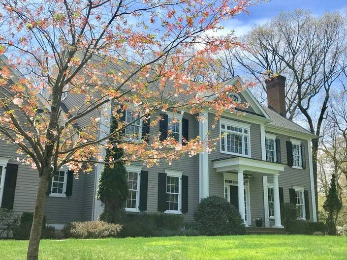 Find your new home: walk to train, school & downtown Darien, CT
