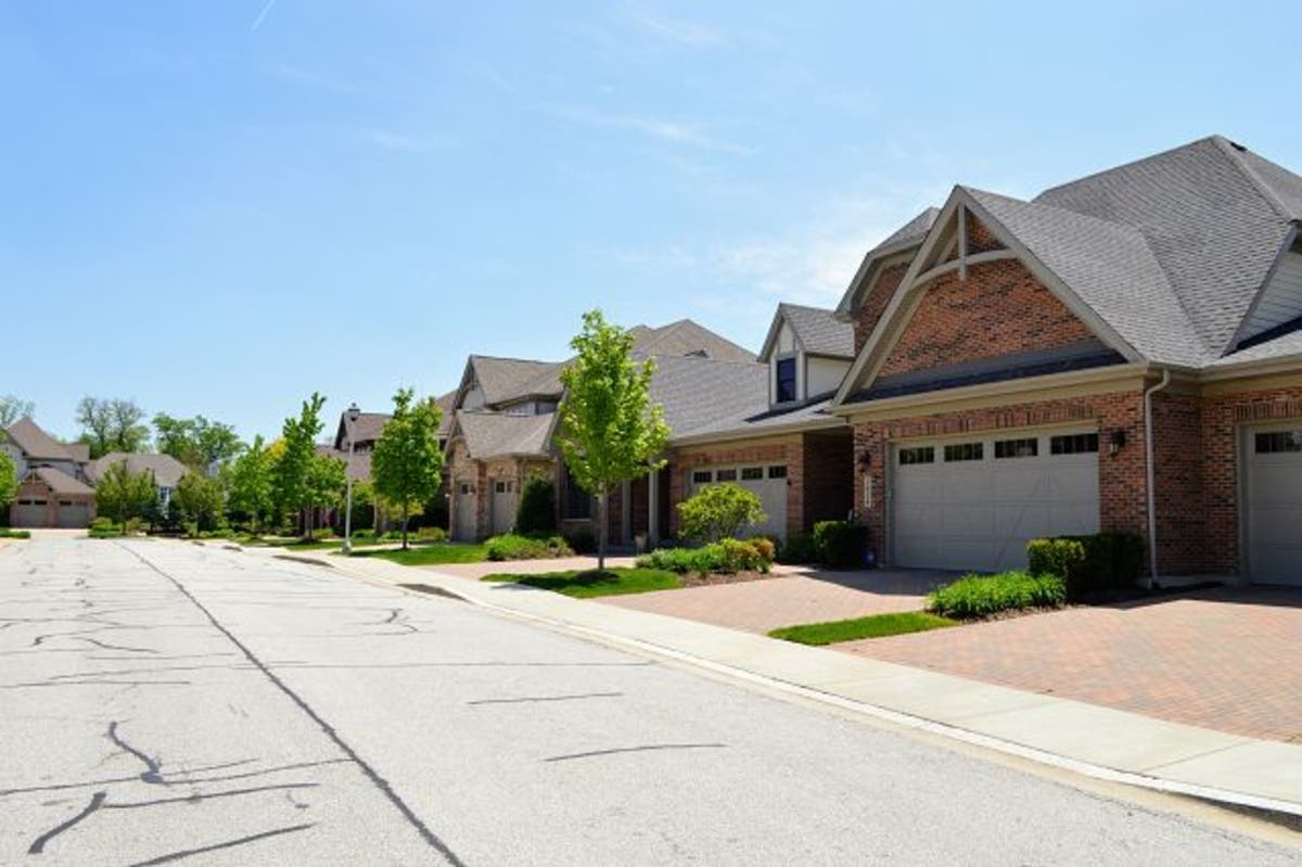 Townhomes Condos For Sale In Wheaton Illinois September 2018
