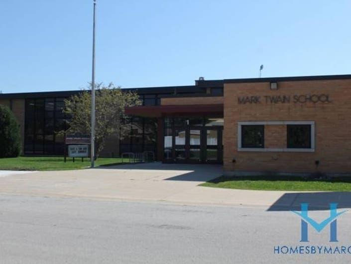 Mark Twain Elementary School, Niles, Illinois - April 2019