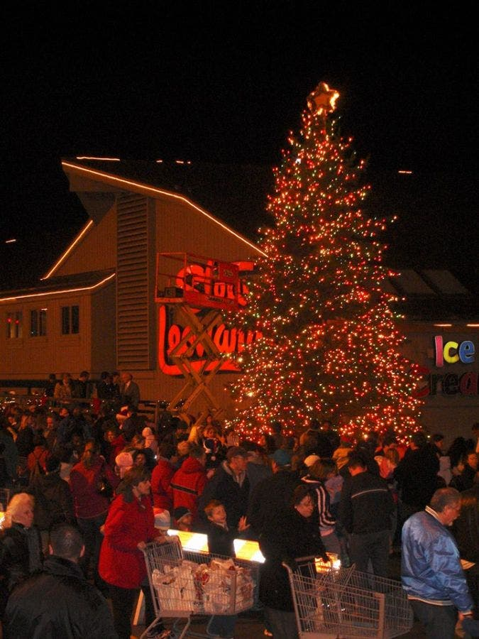 Stew Leonards Christmas Trees 2020 Stew Leonard's Hosted Rescheduled Norwalk Christmas Tree Lighting