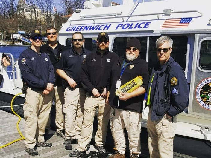 Marine Cops Rescue Stranded Boater In Waters Off Greenwich
