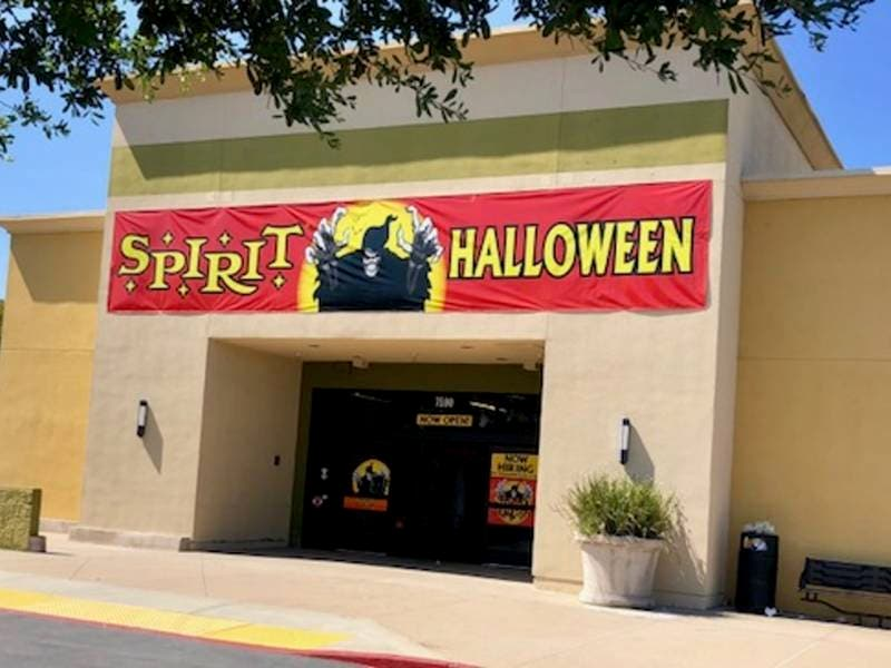 spirit halloween store to open in walnut creek