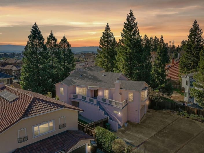 Custom Fremont Home Near Top Schools Just Listed