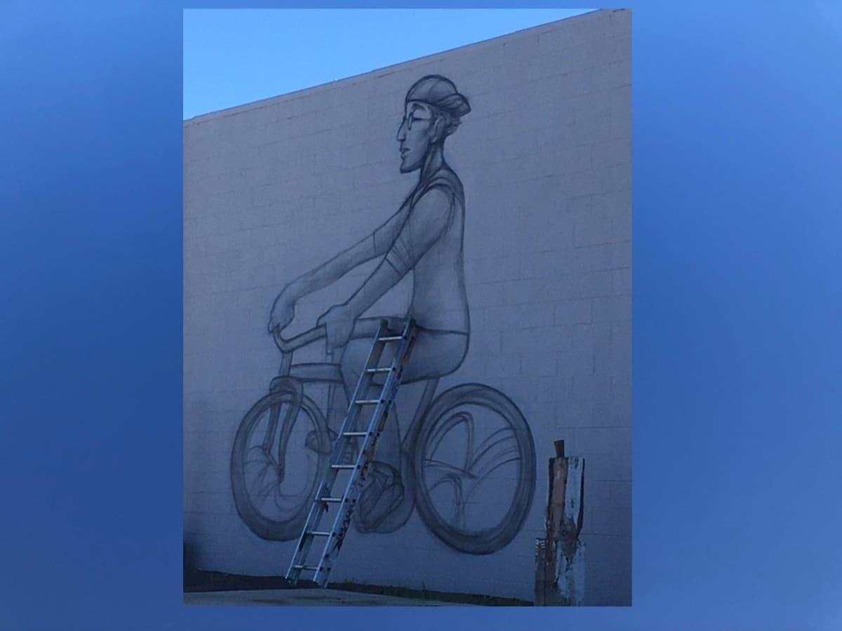 New Mural Started In Alameda