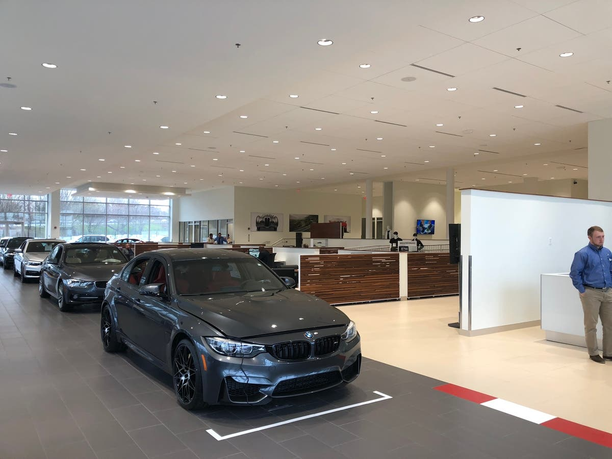 BMW Is From Which Country >> New Country Bmw Unveils New Showroom With 6 5 Million