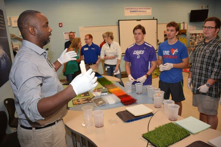 Shaw Industries Celebrates Manufacturing Day With