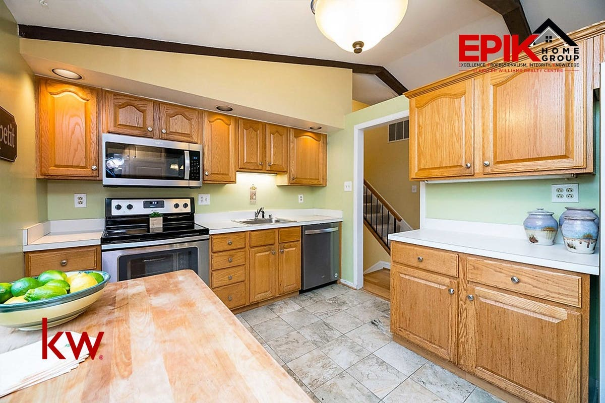 Single Family Home in Columbia with great updates ...