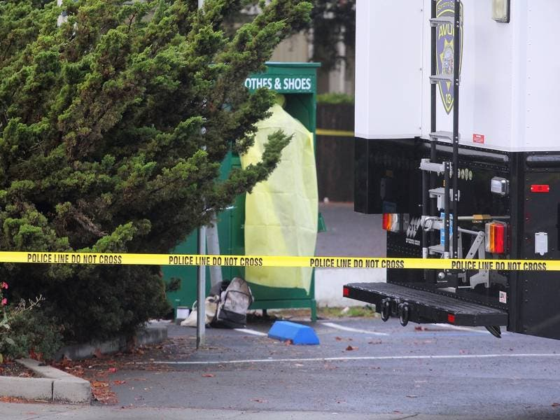 woman dies trapped in clothing donation bin in petaluma patch. Black Bedroom Furniture Sets. Home Design Ideas