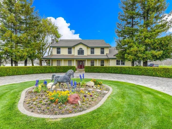 Impressive Dixon Home, Walnut Orchard Up For Sale
