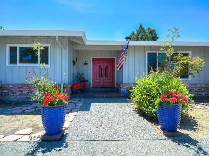 Phenomenal 1960S Dixon Ranch Style Home Has 4 Bedrooms 3 Baths Dixon Download Free Architecture Designs Boapuretrmadebymaigaardcom