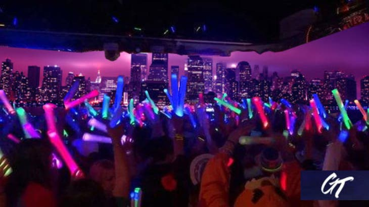 NYC Booze Cruise LED Summer Yacht Party at Skyport Marina
