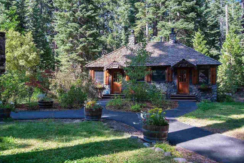 Fantastic Innkeeper Needed Cottage Compound Hits Market In Tahoe Download Free Architecture Designs Scobabritishbridgeorg