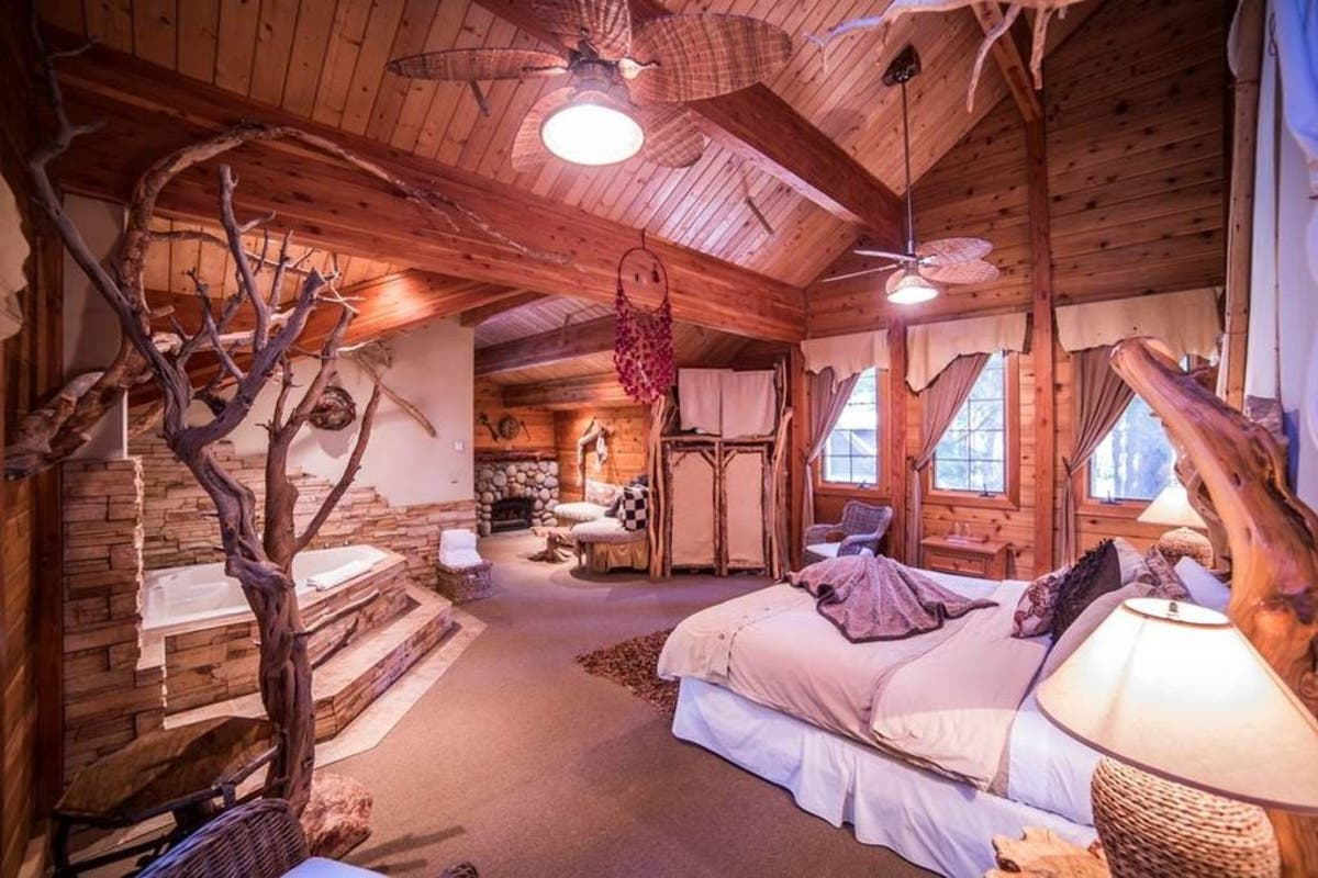 Outstanding Innkeeper Needed Cottage Compound Hits Market In Tahoe Download Free Architecture Designs Scobabritishbridgeorg