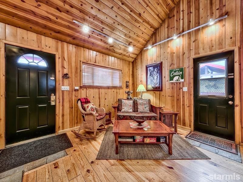 ... Compact U0026 Cozy Cabin: New To Market In South Lake Tahoe  3