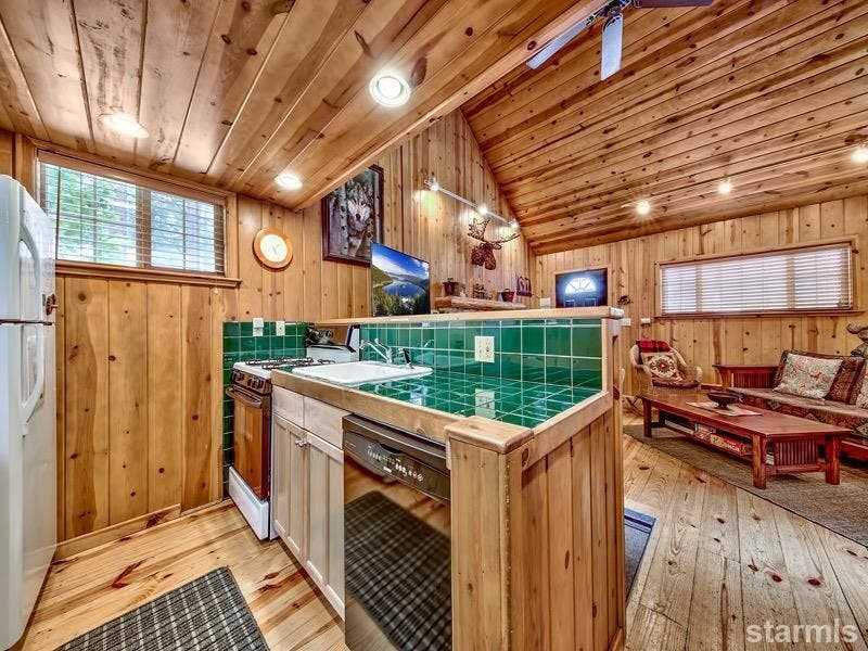Compact U0026 Cozy Cabin: New To Market In South Lake Tahoe  4