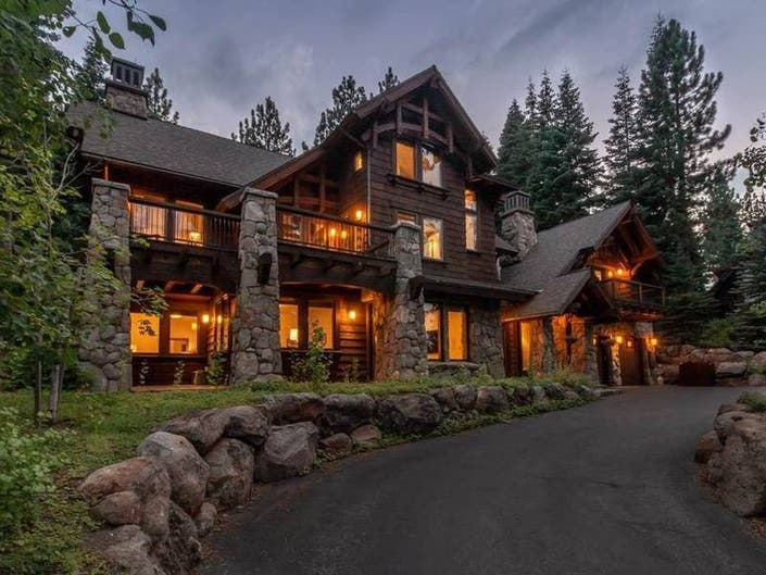 Silver Fox Retreat With Rental Potential For Sale In Truckee