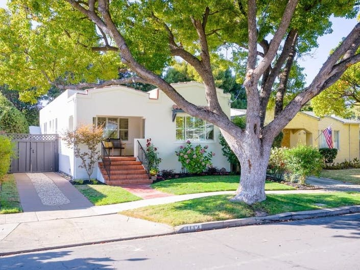 1920s Charmer: New to Market In Burlingame