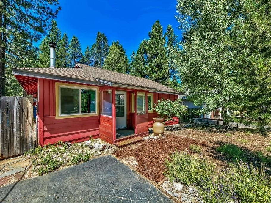 Charmer With Cute Greenhouse: New Listing In South Lake Tahoe