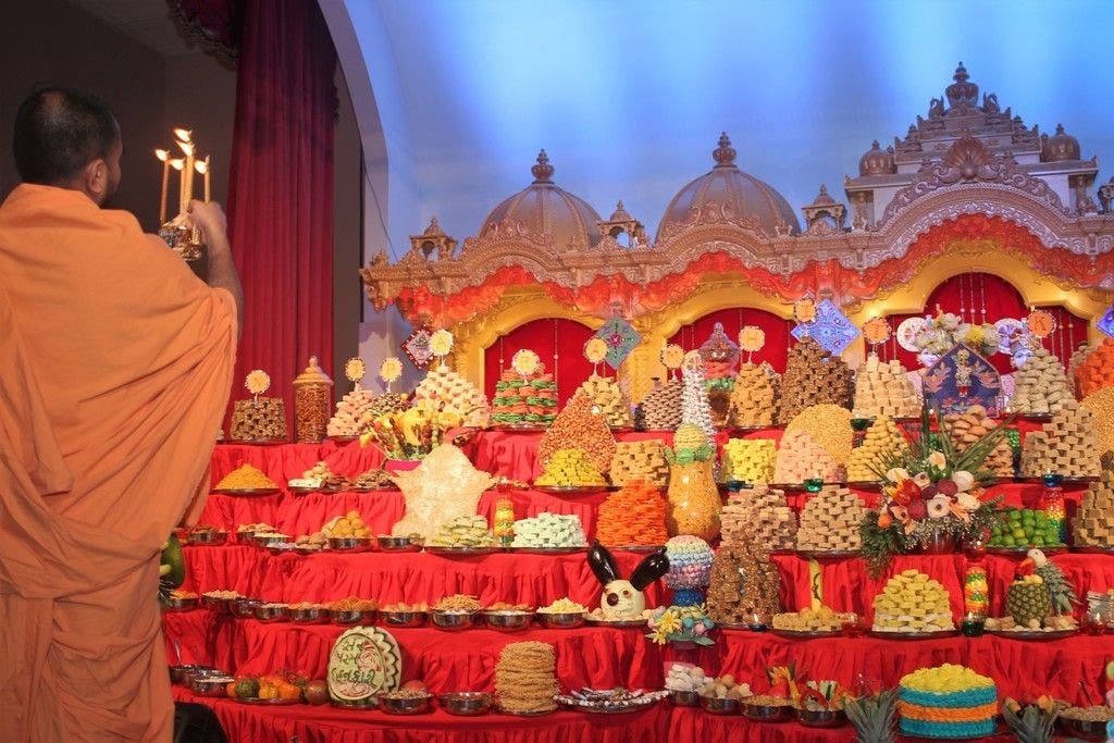 Colorful Lights and Traditions Abound at BAPS Diwali Celebration in