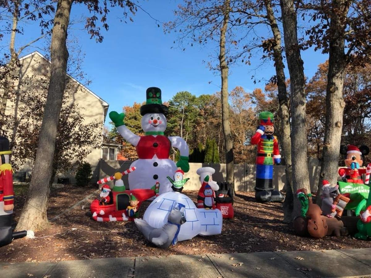 Christmas Inflatables.See Toms River Family S Massive Christmas Inflatables