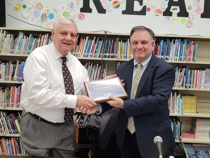 Manchester Lauds Outgoing School Board President S Service