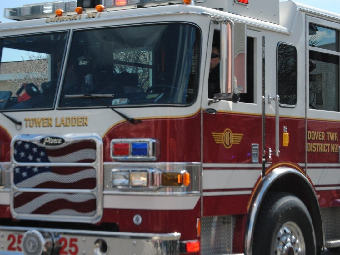 Mother 2 Children Escape Pets Rescued From Toms River Fire Toms River Nj Patch