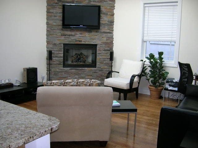 Beautiful Upscale One Bedroom Suite In The Center Of Town In Huntington Village Has Everything Beautiful Upscale One Bedroom Suite In The Center Of Town In