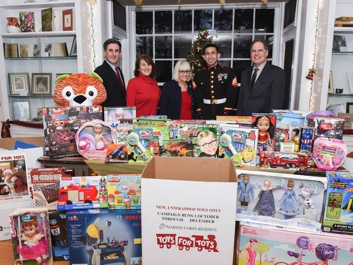 North Hempstead Sends Out Big Toys For Tots Donation