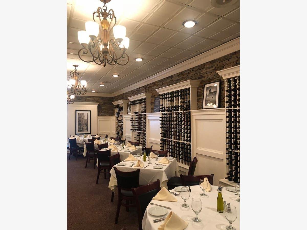 Italian Restaurant Opens Third Li Eatery In Hauppauge