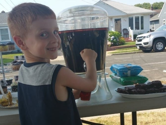 5-Year-Old To Host Lemonade Stand To Raise Money For Charity