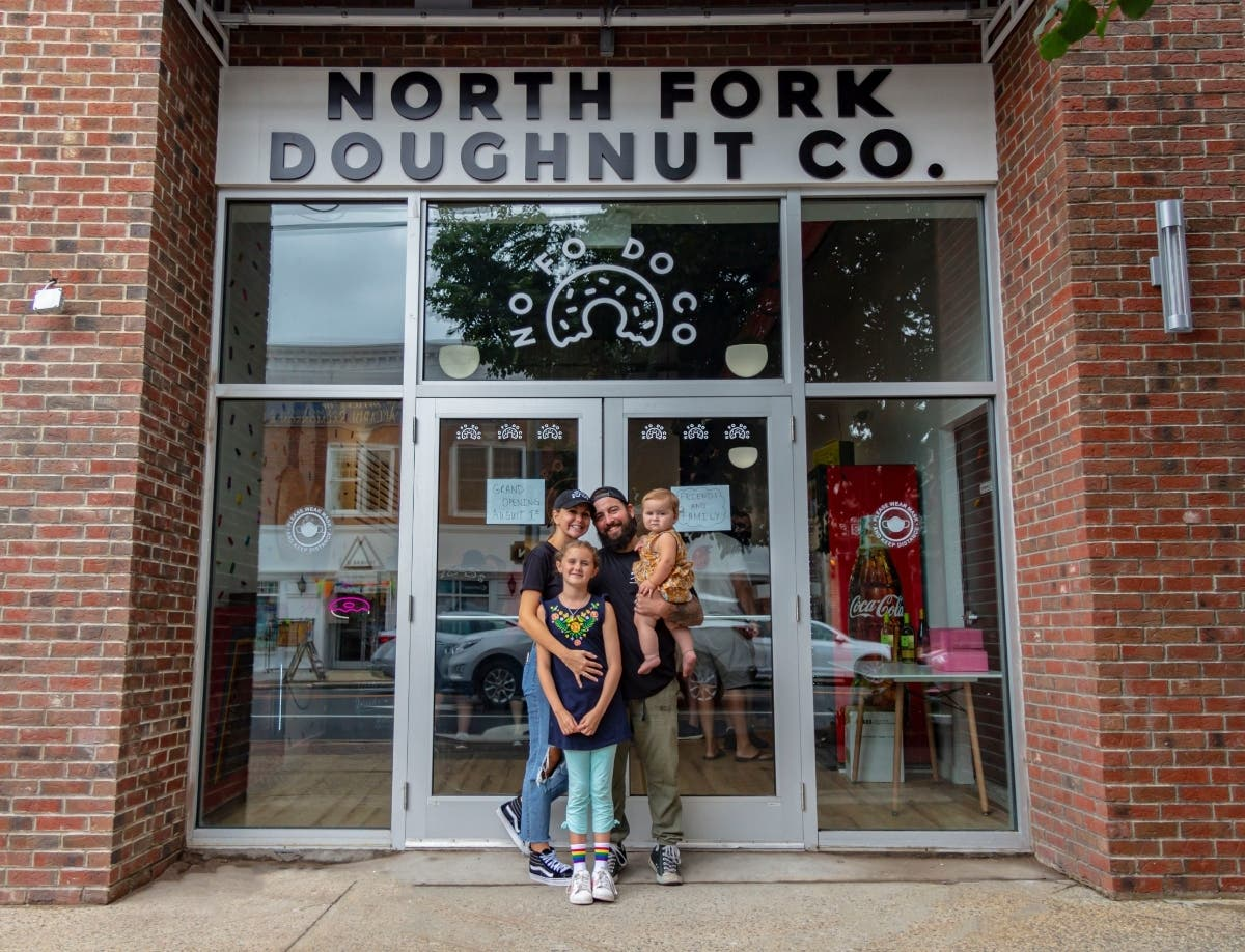 New Donut Shop Hosts Grand Opening In Bay Shore, Sells 5K Donuts