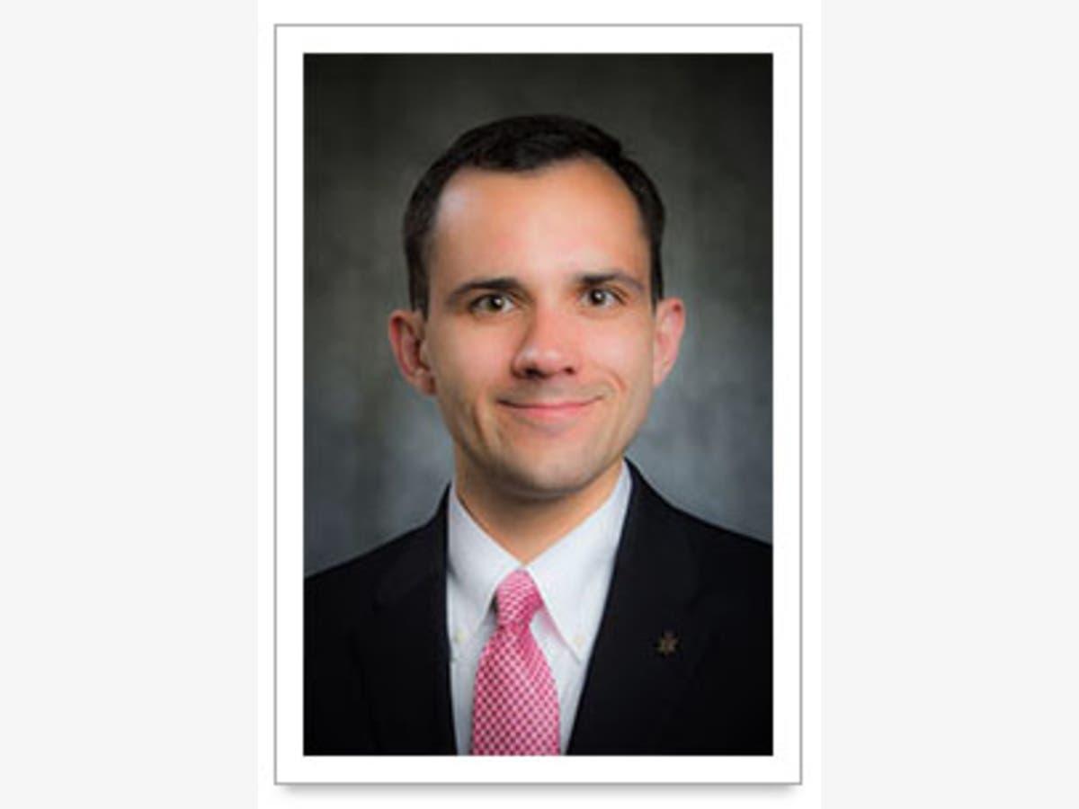 St  Louis Dental Center welcomes Dr  Richard J  Vargo | St