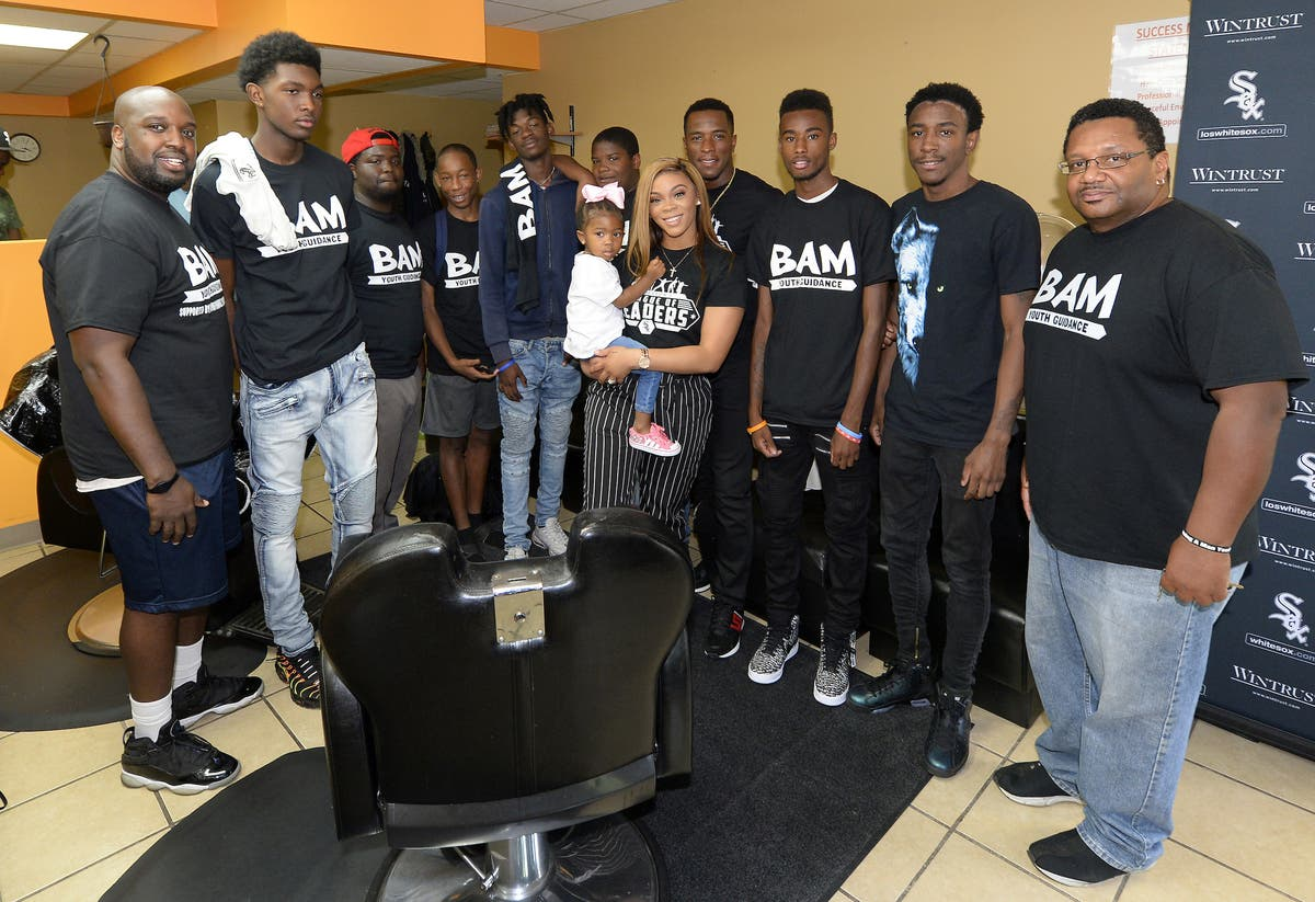 White Sox Player Hosts Back To School Event With Free Haircuts
