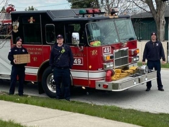 Tinley Park firefighters were treated to pizza from Salina's.