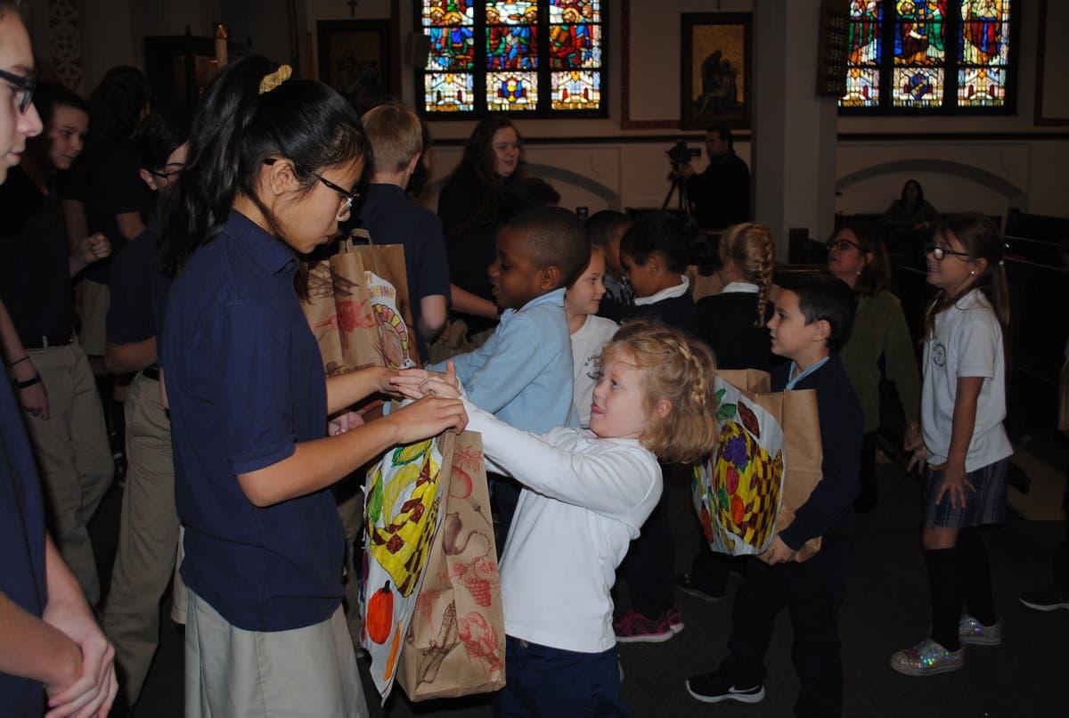 Scs Community Donates To Norwood Food Pantry Norwood Ma