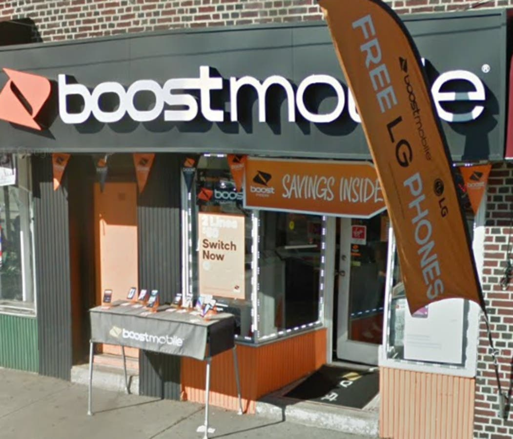 Phones, Cash Boosted At Bloomfield Boost Mobile Store: Police