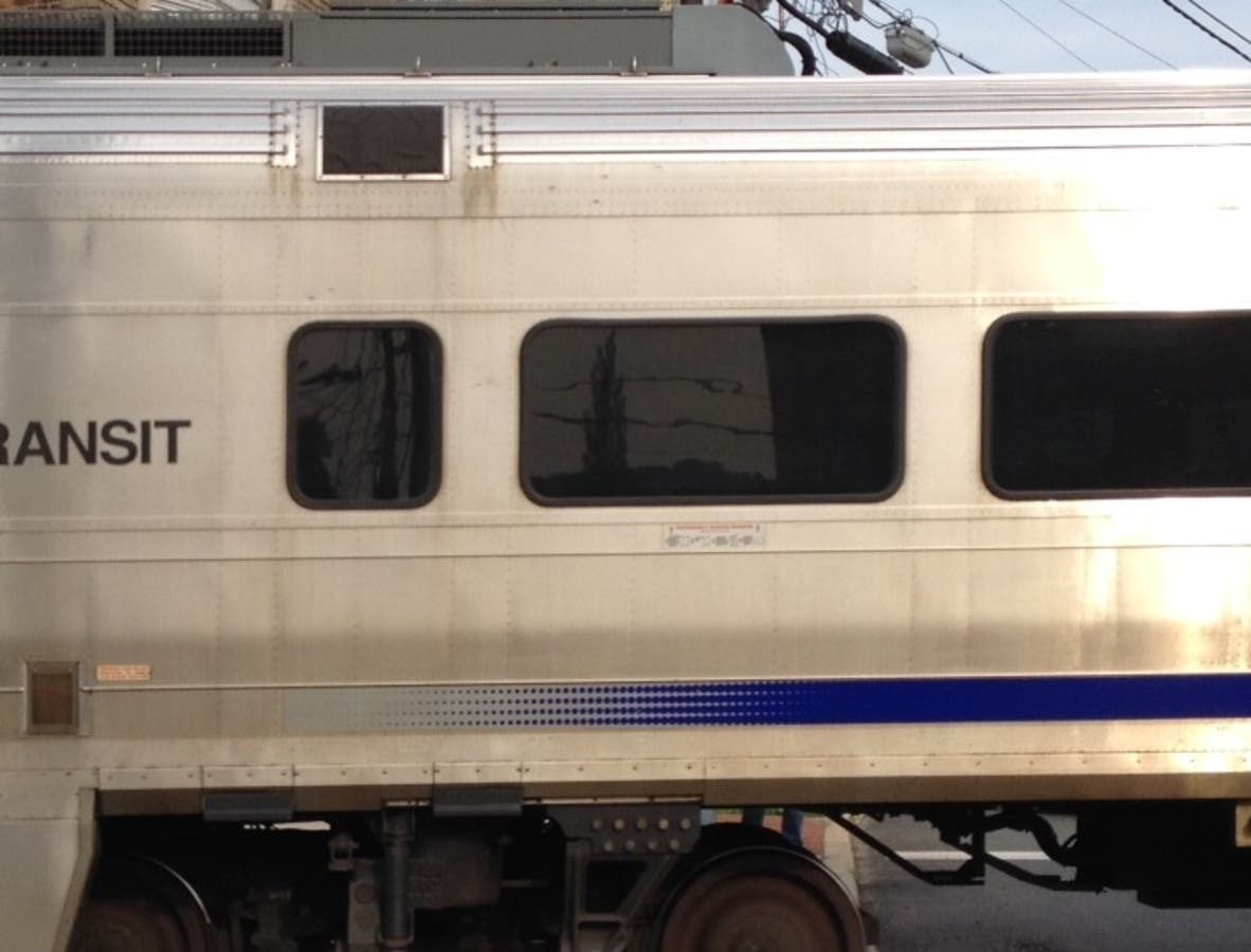 How Many Riders Use NJ Transit's Train Stations In Newark